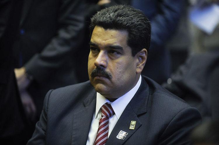 Facebook заморозив сторінку Мадуро через дезінформацію про COVID-19