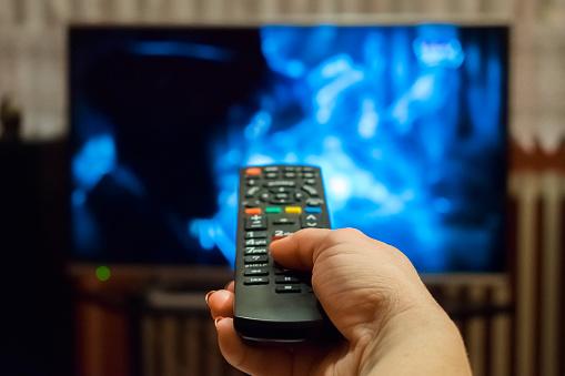 ІнАУ та «Ланет» звинувачують медіагрупи в картельній змові