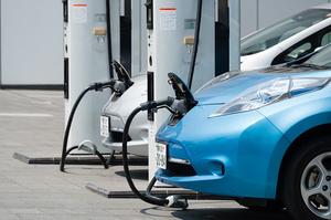 «Нафтогаз» і КМДА домовилися відкрити в столиці 50 зарядних станцій для електромобілів