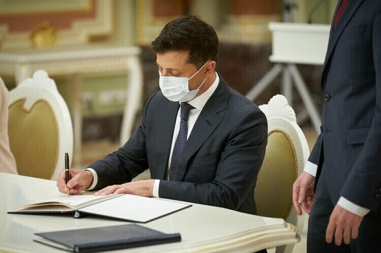 Зеленський задекларував близько 23 млн грн