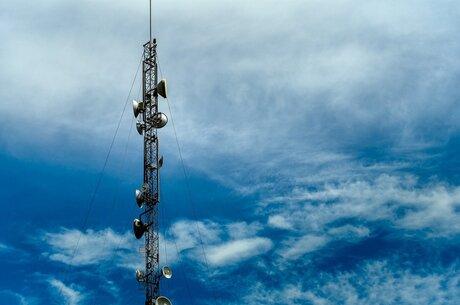 Телеком-индустрия в цифрах: какой средний чек у мобильных операторов, интернет–провайдеров и причем здесь Илон Маск