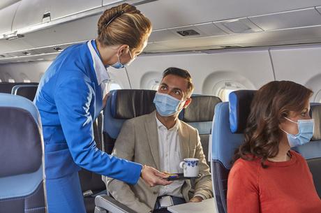 «Пристебніть паски»: авіаринок злітає