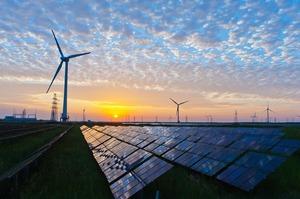 За минулий рік у світі ввели в дію 238 ГВт сонячних і вітрових електростанцій – звіт