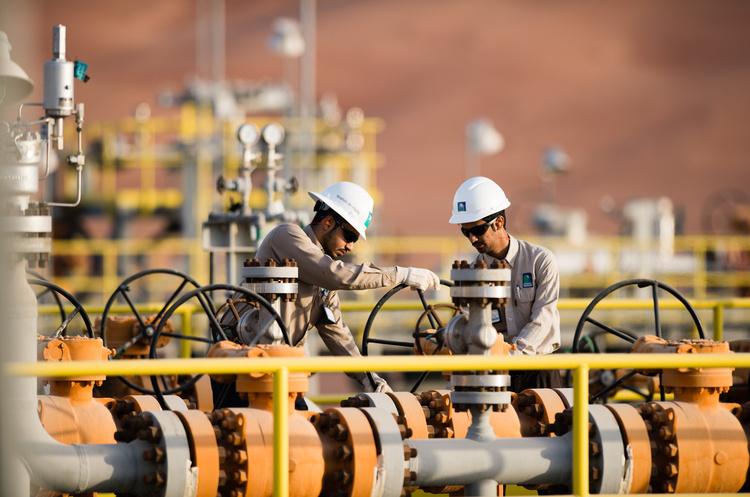 Saudi Aramco домовляється про продаж частки в трубопровідних активах за $10-$15 млрд