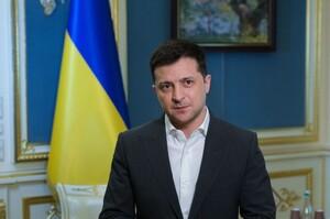 Україна уклала із Pfizer контракт на постачання 10 млн доз вакцини – Зеленський