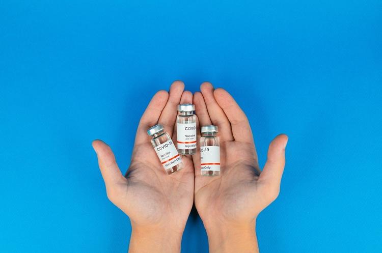 Вакцина від COVID-19 може з'явитися на комерційному ринку пізніше за очікуваний термін – Радуцький