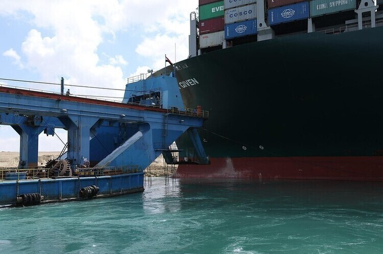 Управління Суецького каналу заарештувало контейнеровоз Ever Given