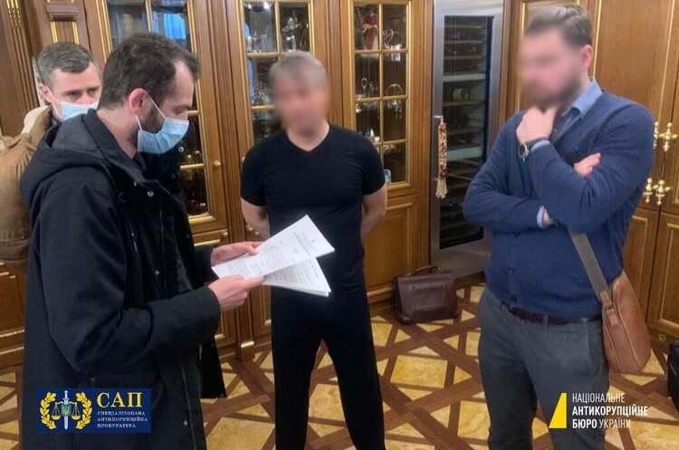 Власнику «Альткому» повідомили про підозру за хабарі ексглаві Укравтодору Новаку
