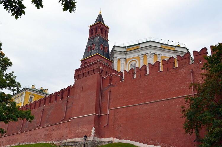Кремль попередив Вашингтон про рішучу реакцію у разі введення нових санкцій