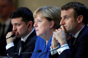 Меркель, Макрон і Зеленський закликали Росію відвести війська від  України