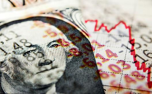 Великі та середні підприємства України отримали торік прибутку на 40,8% менше