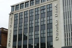 Гендиректор Danske Bank йде у відставку на тлі обвинувачень щодо відмивання грошей в ABN Amro