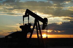 Рекордні запаси нафти, накопичені під час пандемії, майже вичерпалися – Bloomberg