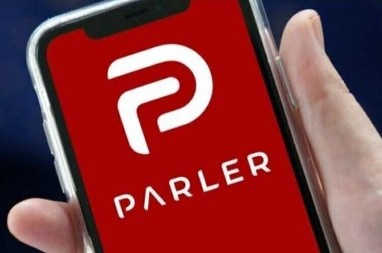 Apple вирішила повернути соцмережу Parler в магазин додатків
