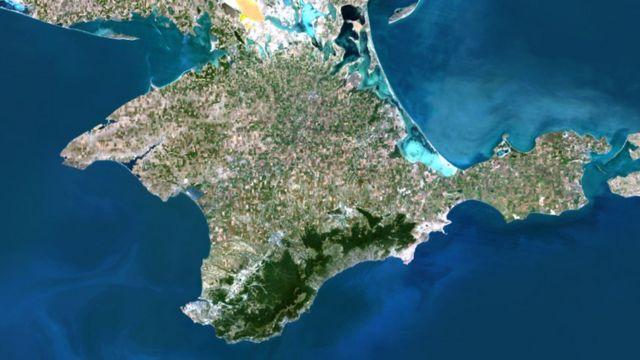 Росія обмежила польоти над частиною Криму та Чорного моря
