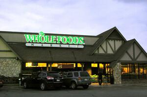 Amazon дозволить покупцям Whole Foods розраховуватись одним рухом долоні