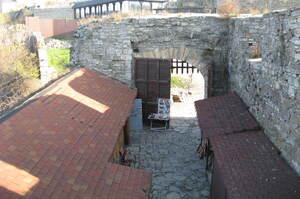 Наприкінці квітня відбудеться аукціон з оренди внутрішнього дворика Міської брами у Кам'янці-Подільському