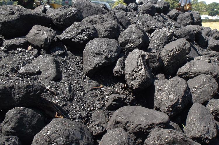 Китай зможе заощадити $1,6 трлн, замінивши вугілля чистою енергією – звіт
