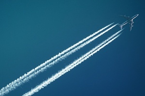 Авіакомпанія ОАЕ через судовий позов заплатила Україні за польоти поблизу Криму