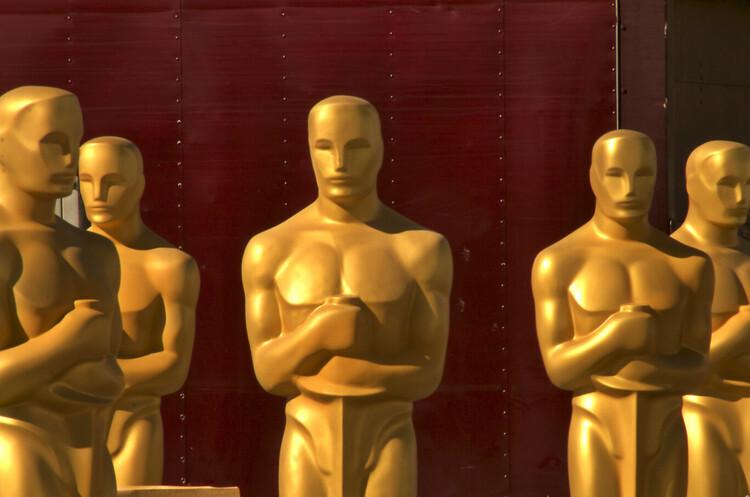 «Оскар-2021»: кращим фільмом року стала «Земля кочівників», найкращим режисером визнали Хлою Чжао