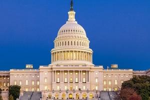 У Сенаті США пройшли слухання щодо принципів «стрічки новин» Facebook, YouTube і Twitter