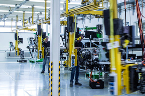 Daimler та Volvo запланували виробництво водневих паливних елементів в Європі в 2025 році