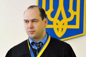 Суддя Вовк зупинив розслідування ДБР у справі брата Кличка