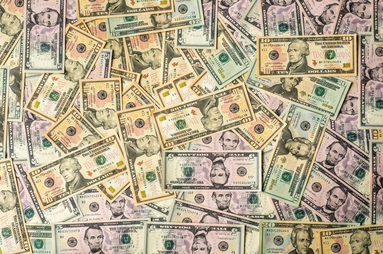 Дефіцит зведеного платіжного балансу в березні склав $713 млн