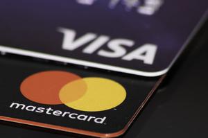 Європейські банки вирішили кинути виклик Mastercard та Visa і створити власну платіжну систему