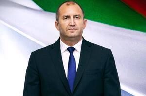 Президент Болгарії розпускає парламент