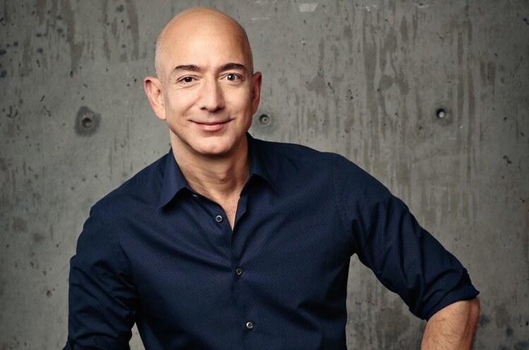 Безос продав акцій Amazon на суму майже $2 млрд