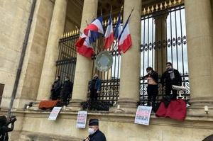 У Франції запроваджують тюремне ув'язнення за шкоду екології