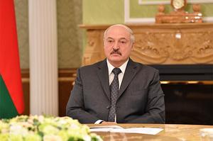 Лукашенко оголосив про створення в Білорусі власної «живої» вакцини проти COVID-19