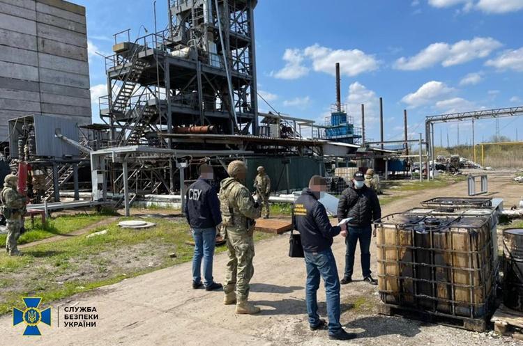 СБУ викрила нелегальний нафтопереробний завод на Дніпропетровщині