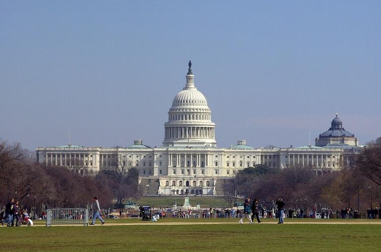 Amazon, Apple, Google та інші ІТ-компанії закликали владу США профінансувати виробництво чіпів