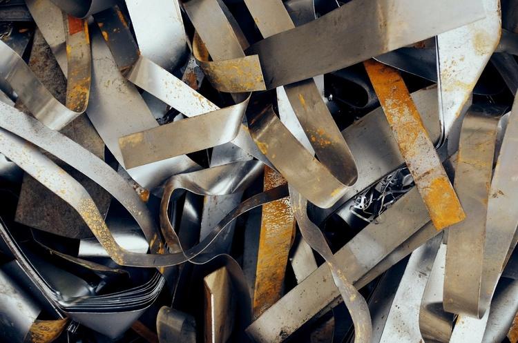Зеленський підписав закон про продовження дії мита на експорт брухту чорних металів