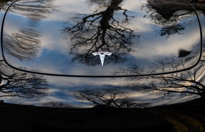 Tesla хоче вийти на мільярдний ринок зелених кредитів