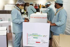 Індія навряд чи відновить експорт вакцин проти COVID-19 до жовтня – Reuters