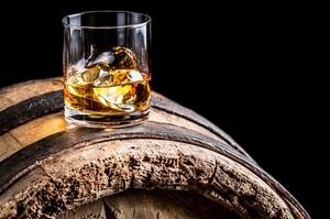 Вчені дослідили, що вживання алкоголю в будь-якій кількості скорочує об'єм мозку