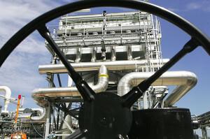 Рівень запасів газу в сховищах Європи впав до рекордного мінімуму