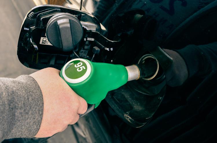 Білоруський ажіотаж: чи буде Україна з бензином А-95?