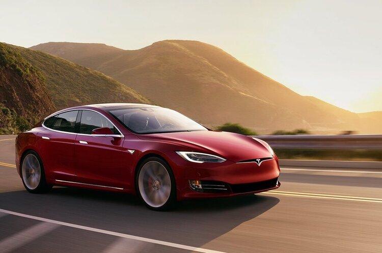 Tesla купуватиме в Австралії літію та кобальту на суму понад $1 млрд на рік