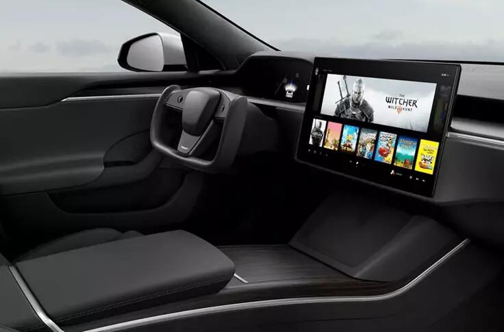 Ілон Маск порівняв бортову обчислювальну потужність оновлених Tesla з PlayStation 5