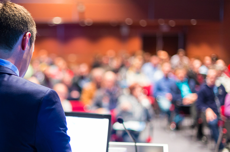 Дайджест kmbs alumni: о негативных факторах гуманитарных грантов, вызовах, стоящих перед независимыми медиа, и развитии мышления