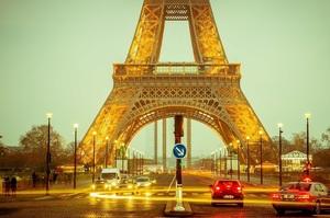 В Париж і в його передмістя заборонили в'їзд екологічно «брудних» автомобілів