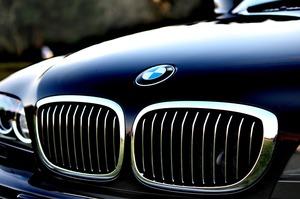 BMW побудує в Китаї 360 000 станцій для зарядки електромобілів