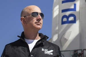 «Я мріяв про це з п'яти років»: Джефф Безос летить у космос