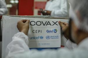 В Україну доставили 117 000 доз вакцини Pfizer у межах COVAX