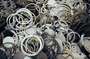 «Укрзалізниця» оголосила 14 аукціонів з продажу брухту кольорових металів