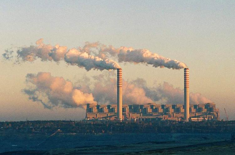 Польща закриє найбільш забруднюючу електростанцію в Європі до кінця 2036 року